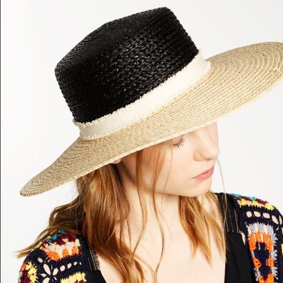 Zara Two Tone Sun Hat. M 5a34b285331627750502e6ff 81f7c8065f1